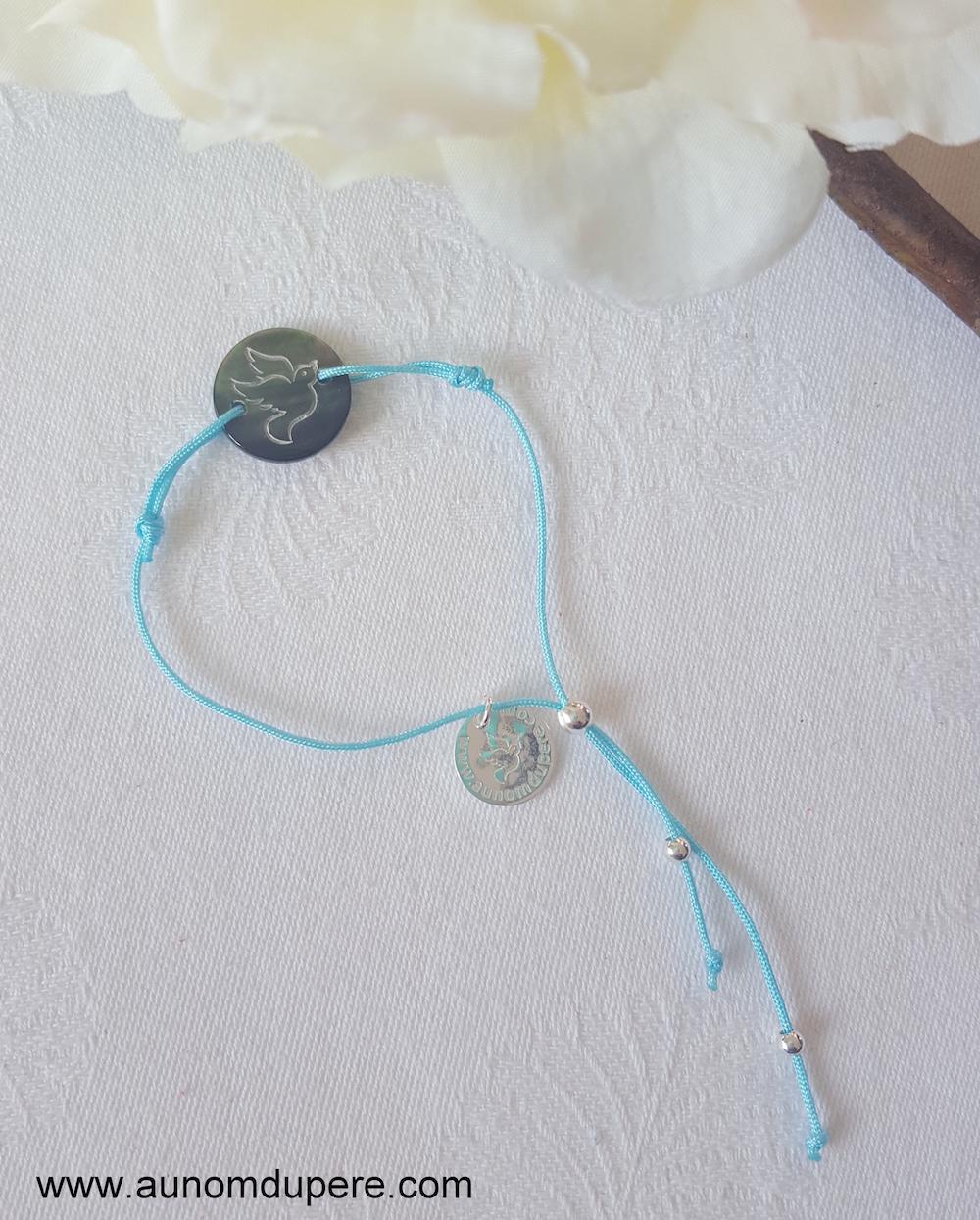 Bracelet Médaille Esprit Saint en nacre