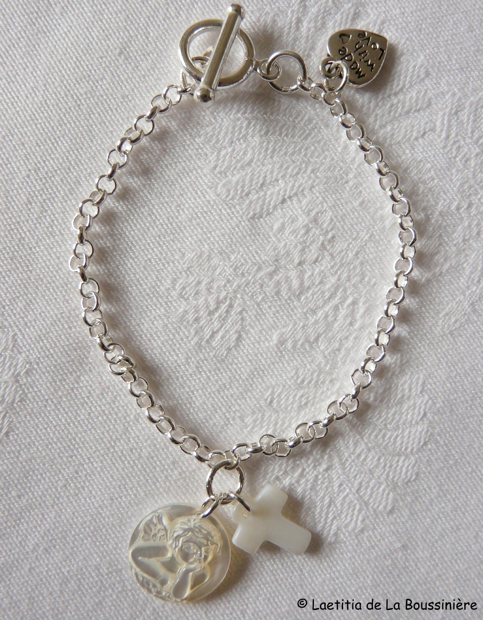 Bracelet Ange en nacre et mini Croix en nacre