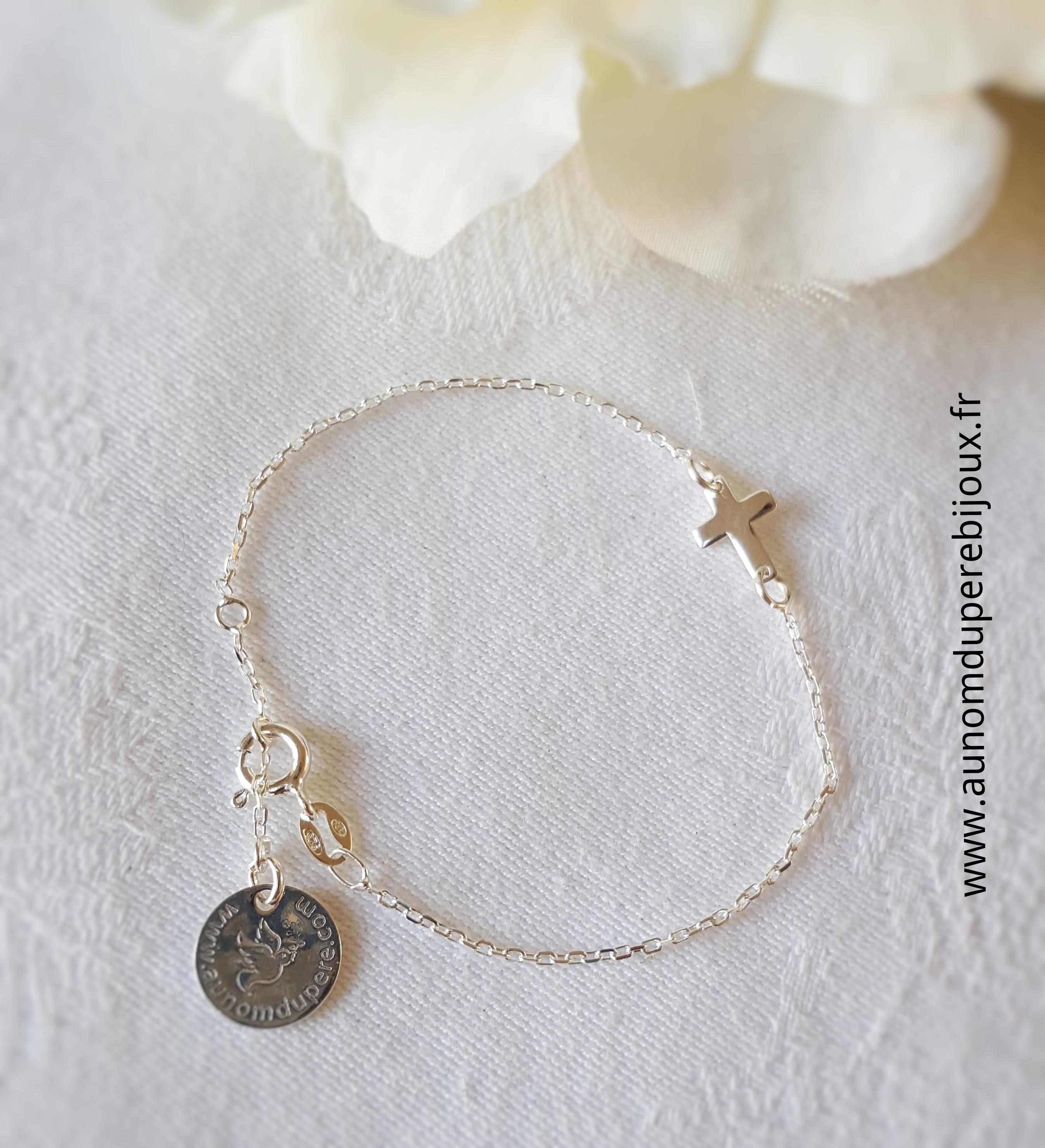 Bracelet Croix en argent sur chaîne fine